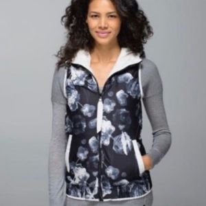 Brand new lululemon vest